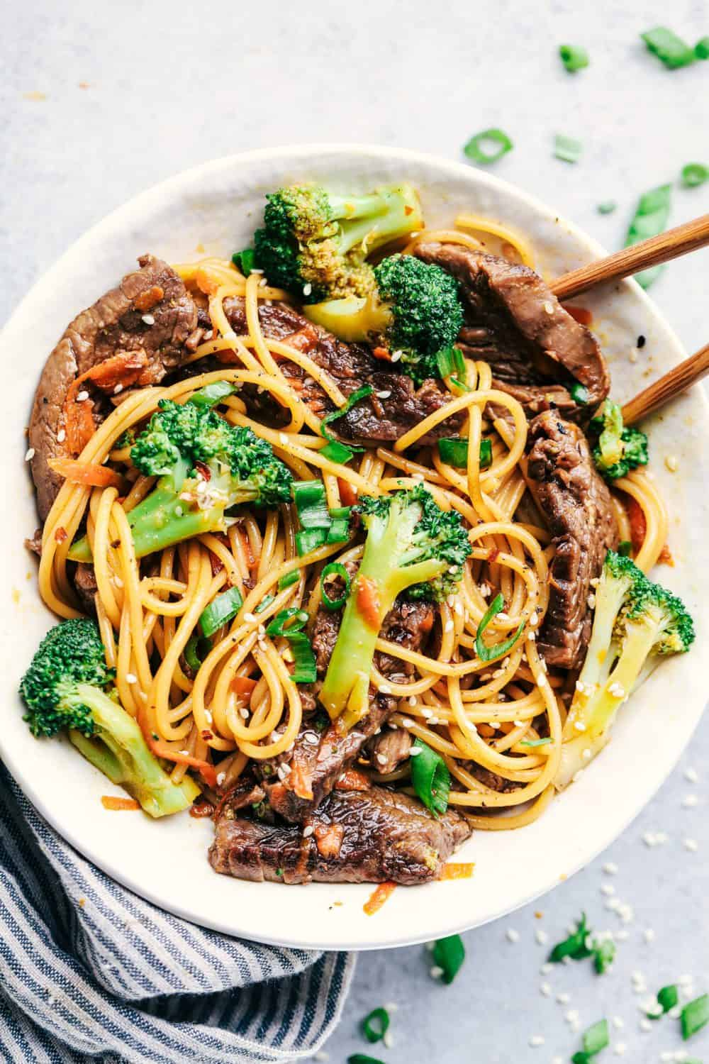 Recipe: Perfect Easy Garlic Beef Chinese Noodle