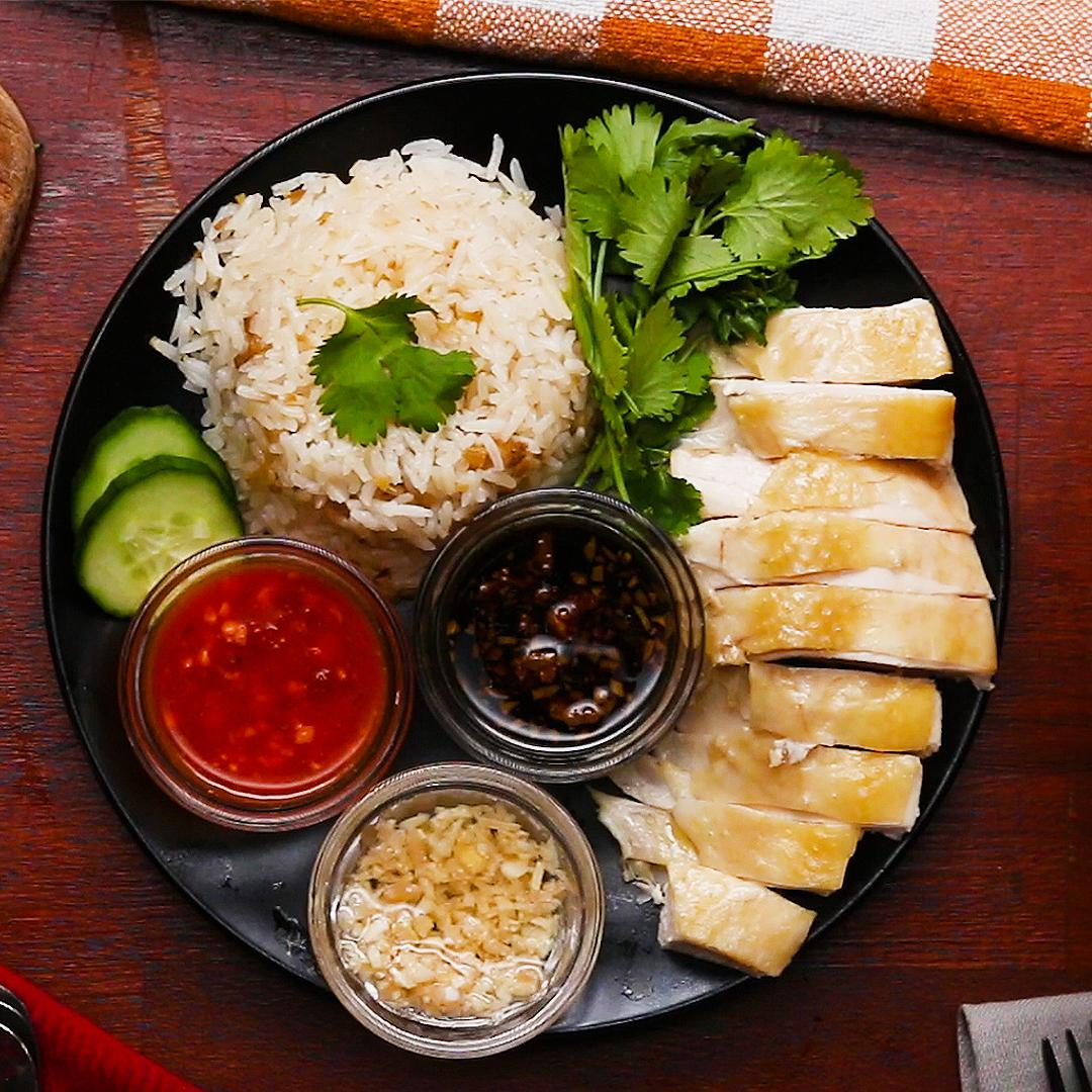 Recipe: Tasty Hainanese Chicken Rice with Ginger Sauce